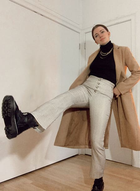doc martens winter outfit with plaid trouser, turtleneck and camel coat